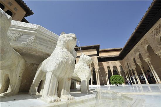 Patio Leones Alhambra- EFE- 26062013