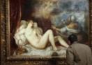 """VÍDEO: La restauración de """"Dánae"""" y """"Venus y Adonis"""" de Tiziano"""