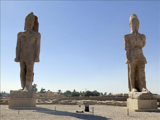Colosos_Egipto_EFE