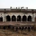 El otro Taj Mahal de la India perece en el olvido