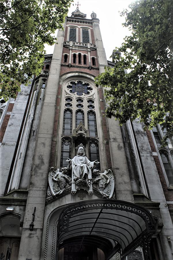 frontis basilica