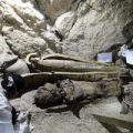 Arqueólogos egipcios descubren una tumba casi intacta de la XVIII dinastía