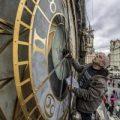 Praga restaura su reloj astronómico para celebrar el centenario de la independencia de la República Checa