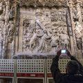 La Catedral de Burgos ultima un ambicioso plan para atajar los problemas de humedad en los relieves de la girola
