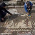 Descubren un mosaico romano en la antigua ciudad de Cesarea