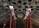 Unas obras restauran el artesonado de Santa María la Blanca de Canillejas