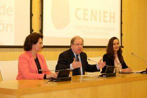 La Junta de Castilla y Léon y el CENIEH acuerdan potenciar el uso museístico y científico de los materiales del yacimiento de Atapuerca