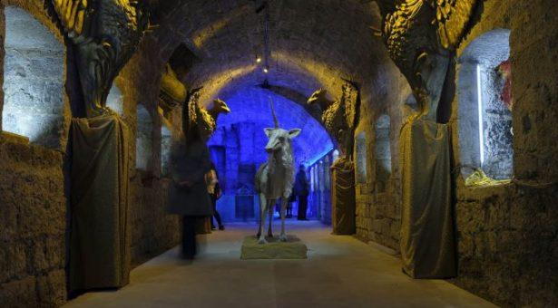 Escultura, fantasía y un castillo castellano: la simbiosis perfecta