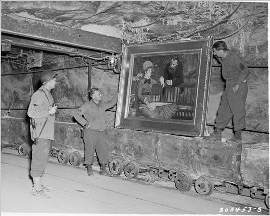 Nazis_mineros_EFE