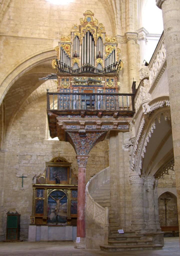 Organo de la parroquia de San Hipólito el Real. Támara de Campos. Palencia_Aida Acitores