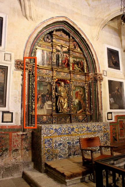 En rojo, la superficie en la que se han hallado las pinturas © Antonio Á. Ledesma (Uni. de Salamanca). Ilmo. Cabildo Catedral de Salamanca