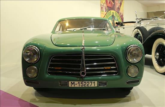 CanalPatrimonio_FeriaArte14_coches_EFE