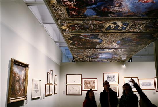 """Detalle de la exposición """"Dibujar Versalles"""""""