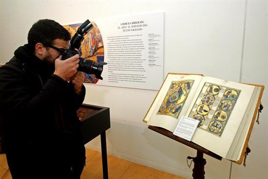 Expo manuscritos, A Coruña