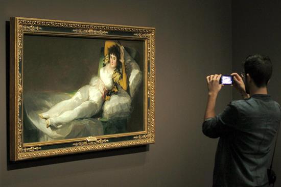 Maja vestida, Goya