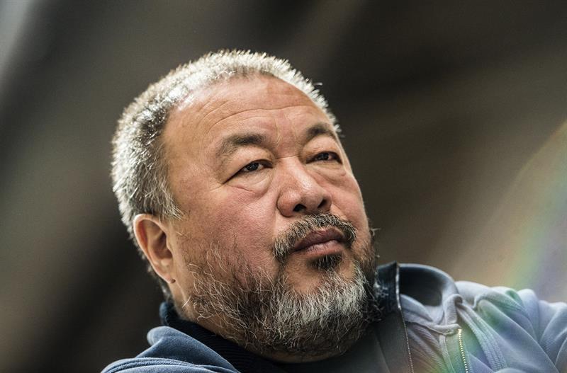 """Ai Weiwei expone su """"Law of the Journey"""" en el Trade Fair Palace"""