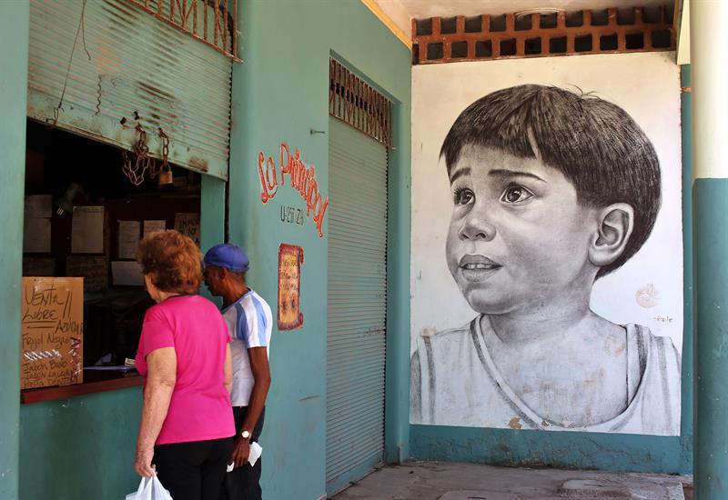 Del lienzo al muro: artistas cubanos dan vida y color a calles de La Habana