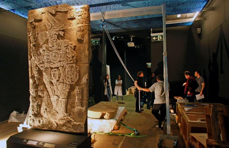 Una de las figuras que se exponen en 'Los Mayas: El enigma de las ciudades perdidas', Diputación de Alicante.