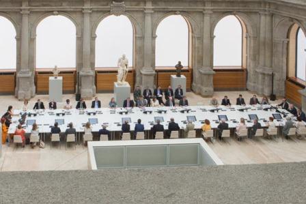 Reunión constitutiva de la Comisión Nacional para la conmemoración del II Centenario del Museo Nacional del Prado presidida por SSMM los Reyes de España el pasado lunes