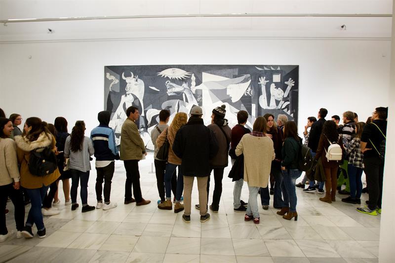 Sala donde se encuentra el Guernica de Picasso dentro del Museo Nacional Centro de Arte Reina Sofía