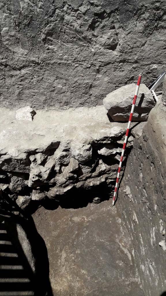 excavación arqueológica en la muralla de Ávila
