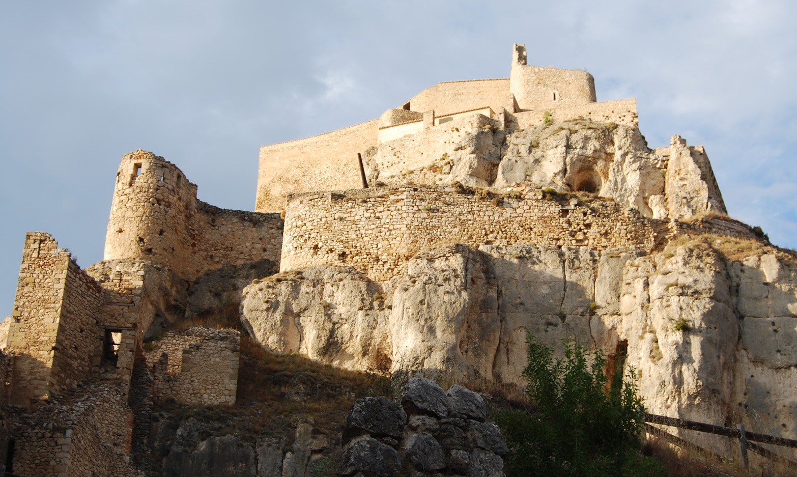 Comienzan las obras de emergencia en el castillo de Morella (Castellón)