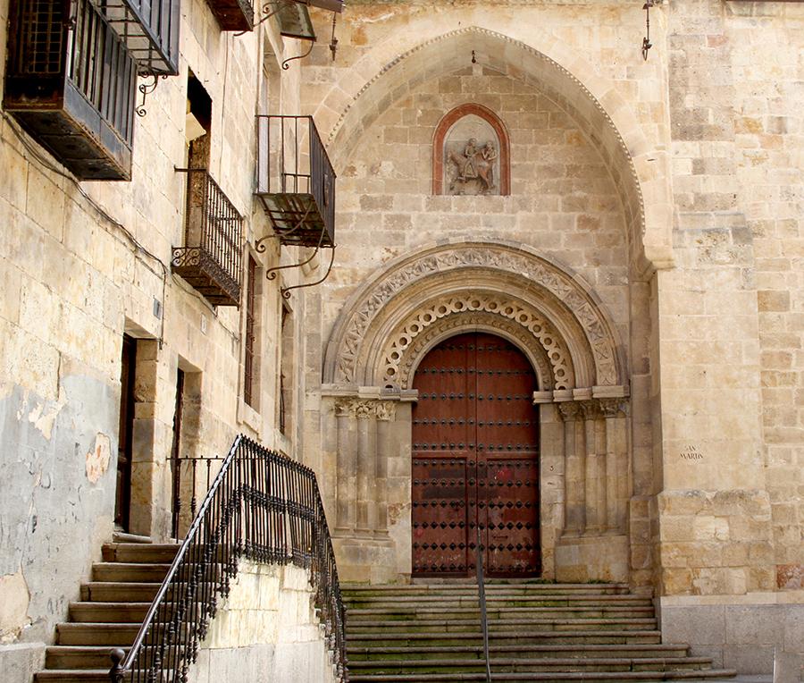 La Iglesia salmantina de San Martín de Tours  sometida a estudio para su intervención.